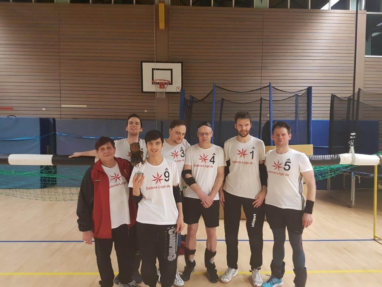 BBSV Mannschaftsfoto mit Siegerpokal