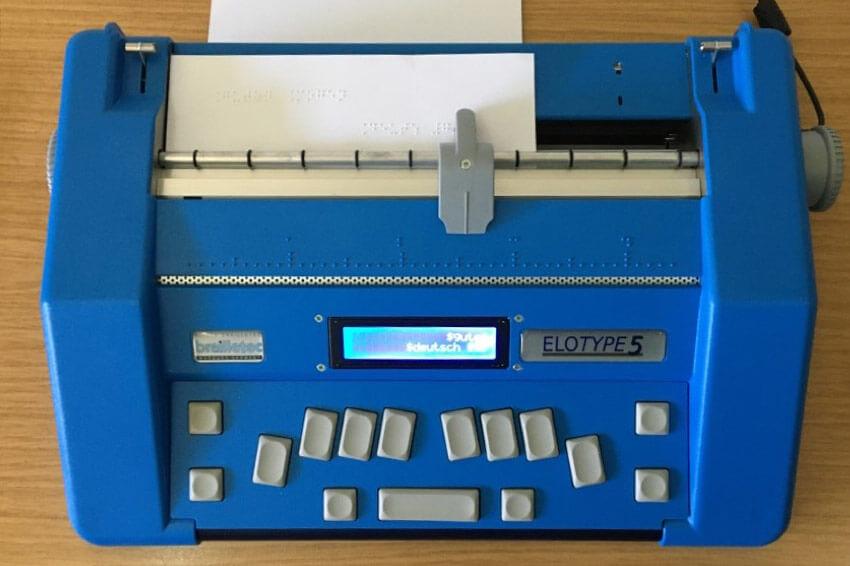 Punktschriftmaschine
